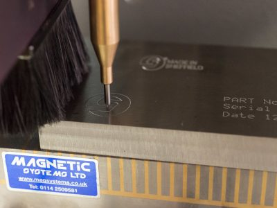 Markmate in Aktion mit Magnethalterung